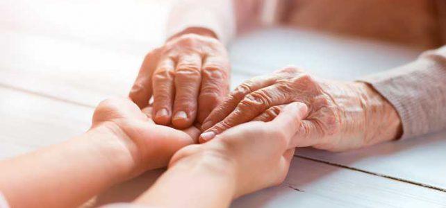 Autonomía en la enfermedad de Alzheimer: cómo fomentarla en las personas afectadas
